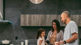 家族が仲良い、家族を守れる保険
